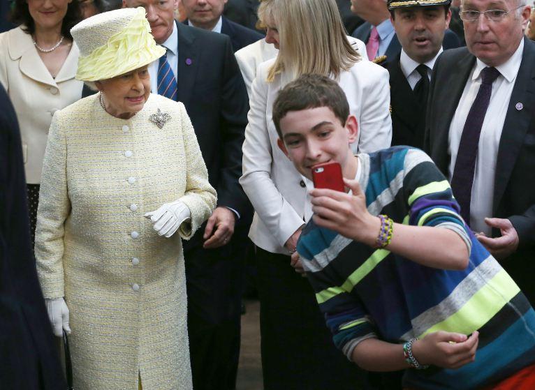 Queen on selfies