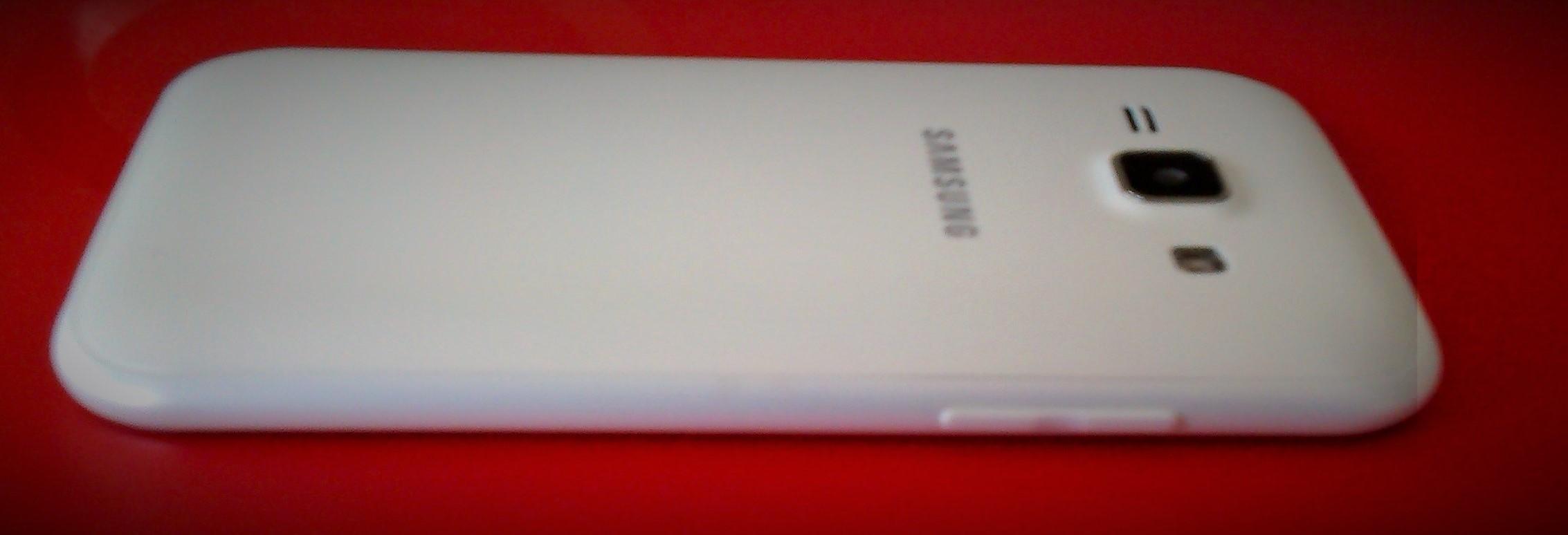 Samsung Galaxy J100 (13)