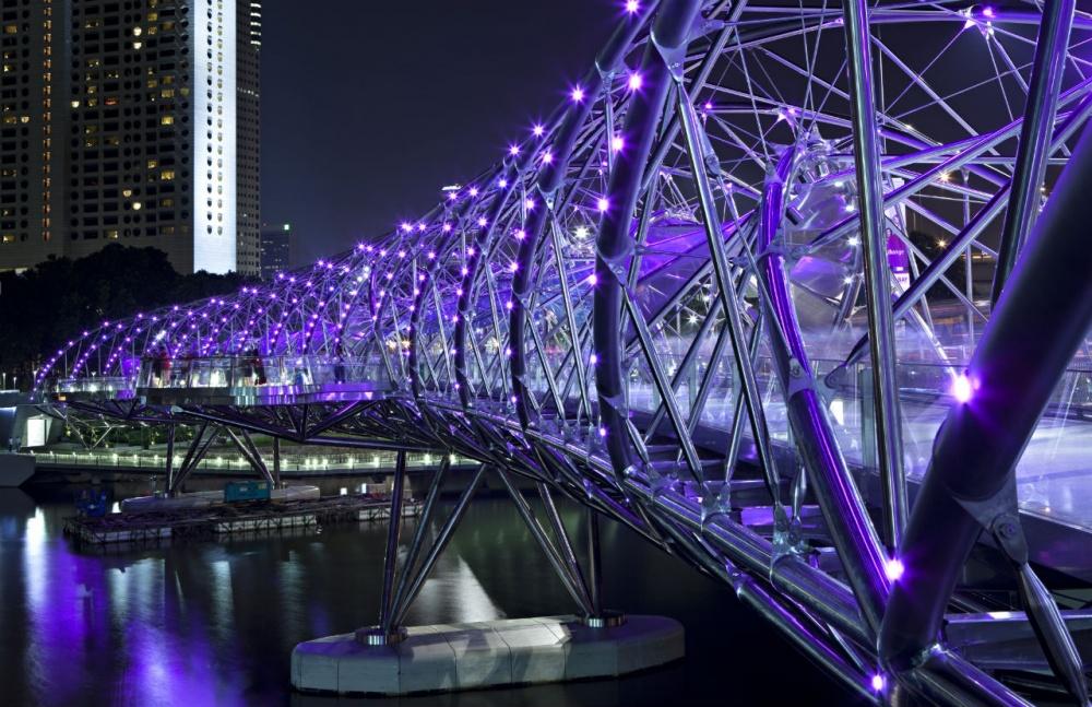Heliks, Singapur