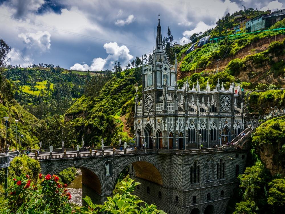 Most kod svetilišta Las Lahas, Kolumbija